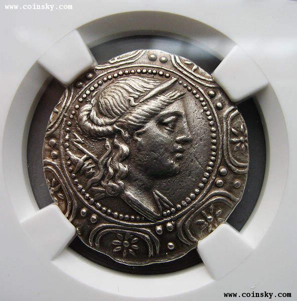 古希腊狩猎和月亮女神大银币