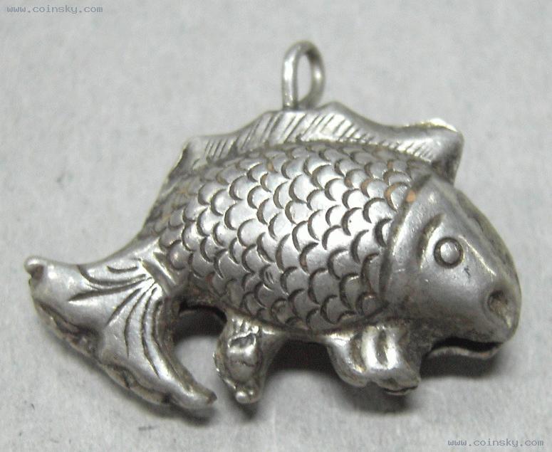 银饰精工鱼形铃图片